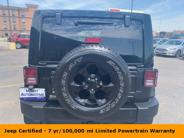 Pre-Owned 2015 Jeep Wrangler Unlimited Sahara