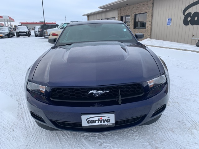 Pre-Owned 2011 Ford Mustang V6