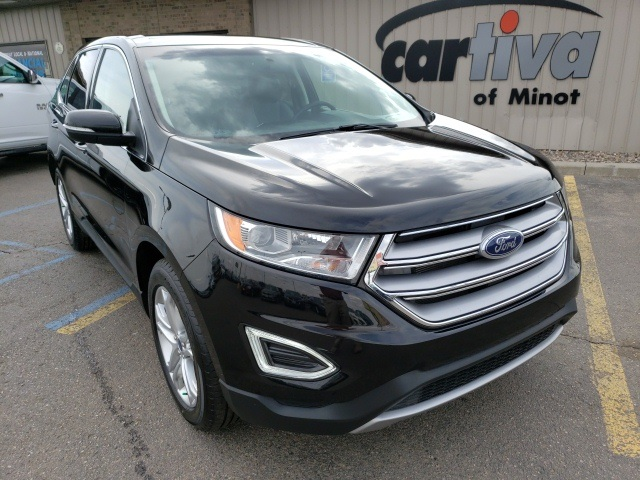 Pre-Owned 2018 Ford Edge Titanium